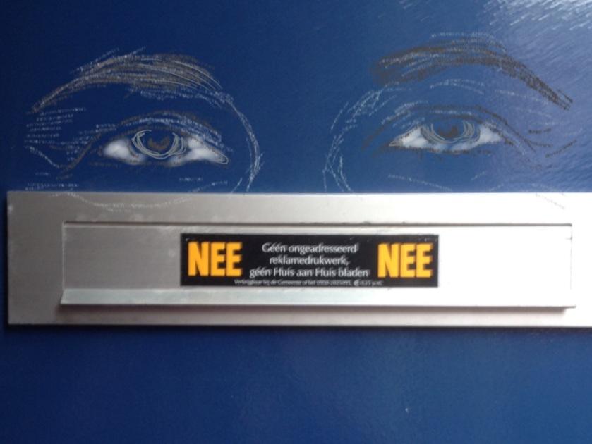nee/nee sticker